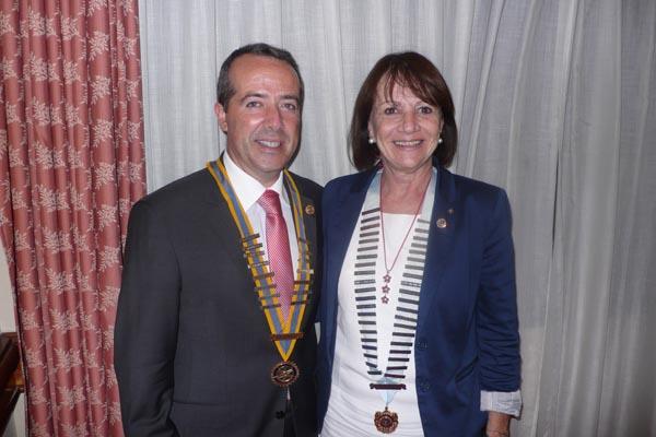 Cena Gobernadora 2013 2 600
